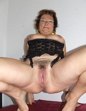 latina ass tits